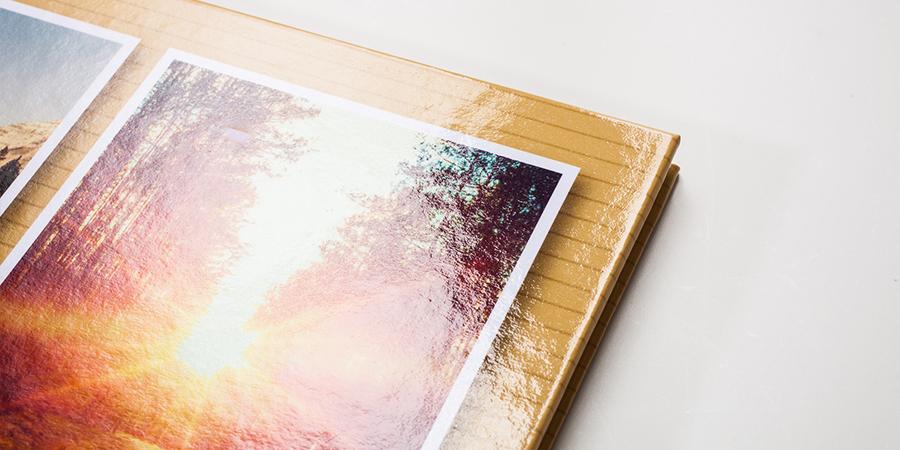 Fotobuch mit glänzendem Umschlag